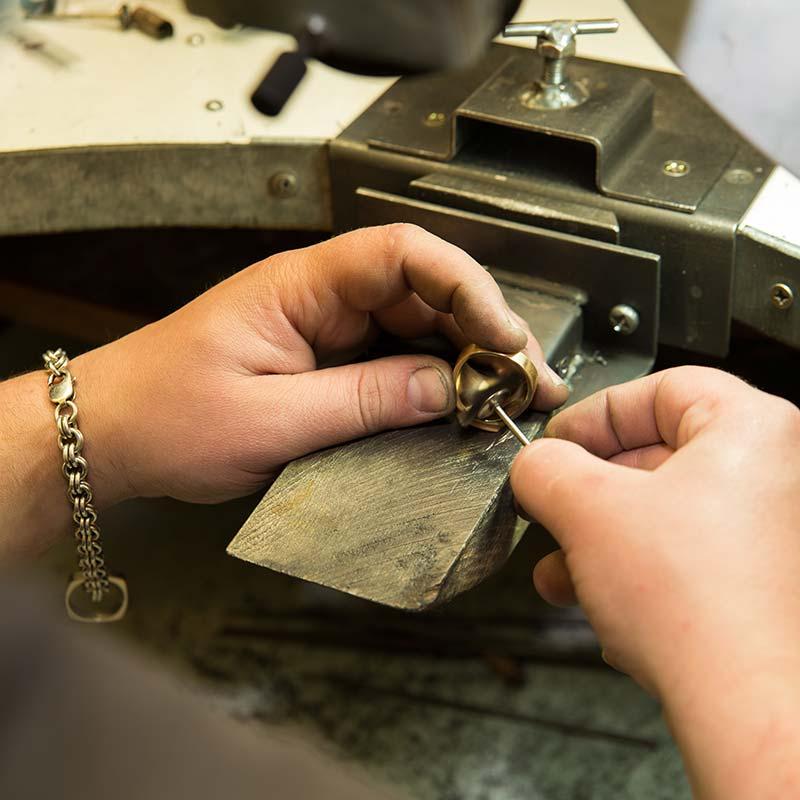 La bijouterie et l'atelier d'une créatrice réputée à Colmar et alentour